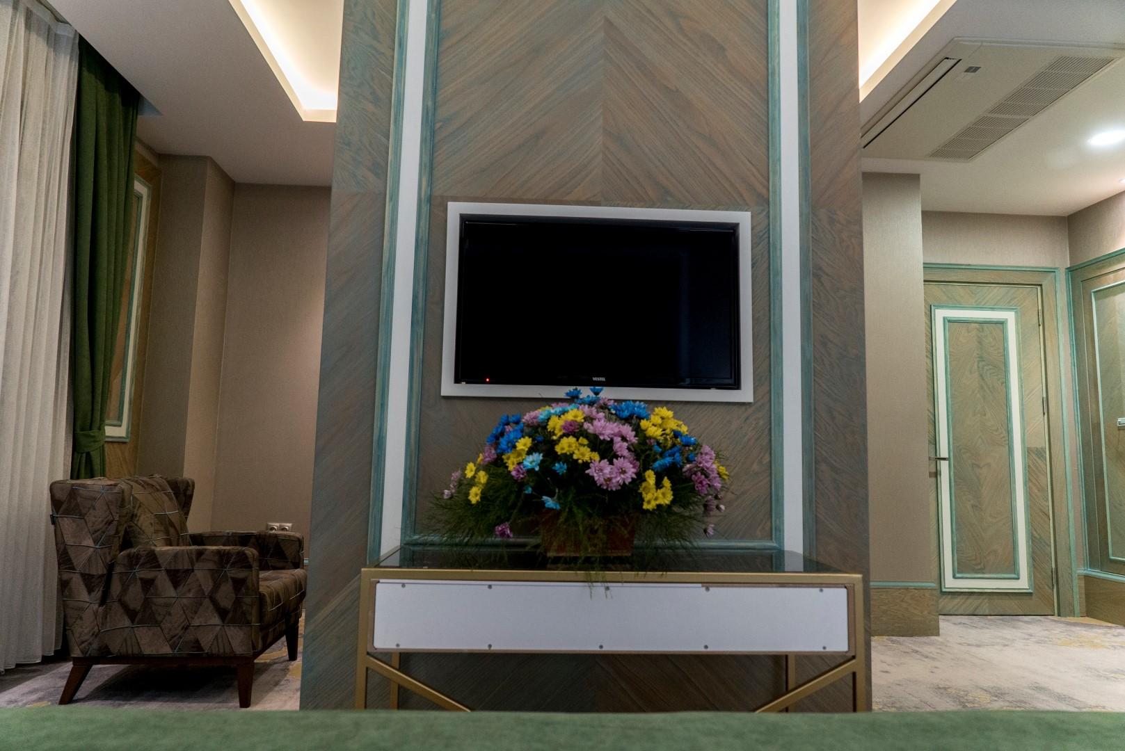 junior-suite-mirart-hotel (13)