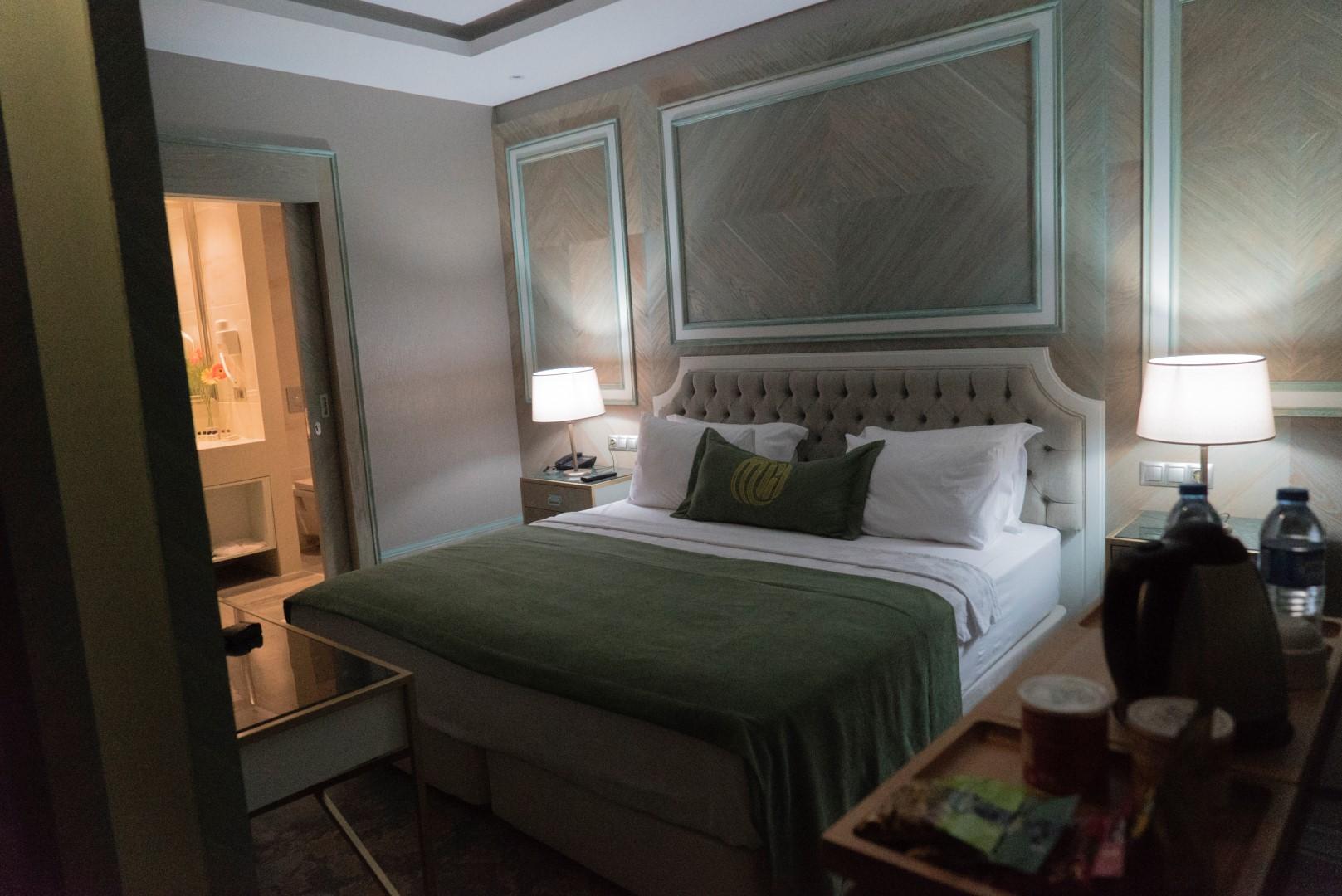 junior-suite-mirart-hotel (16)