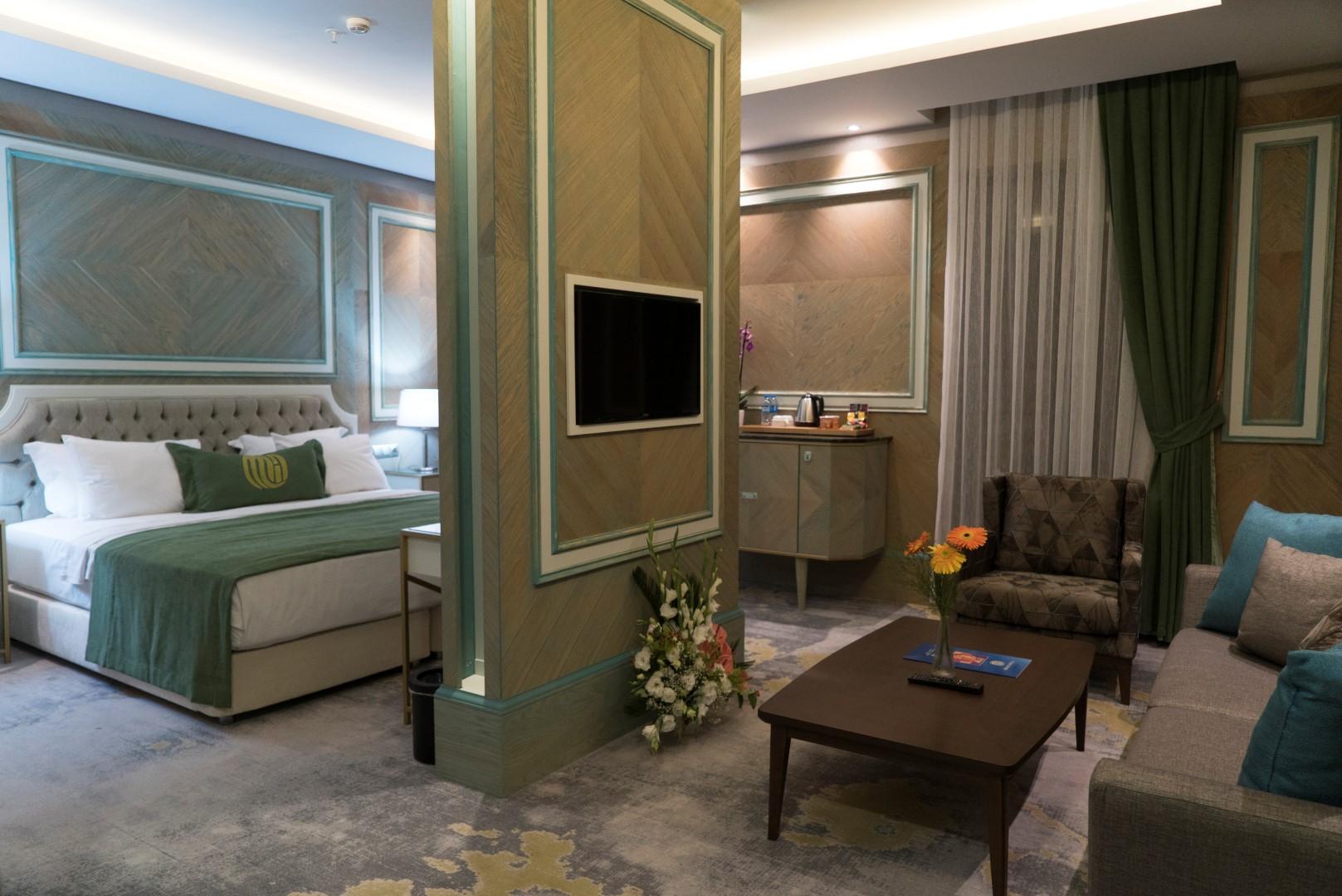 junior-suite-mirart-hotel (2)