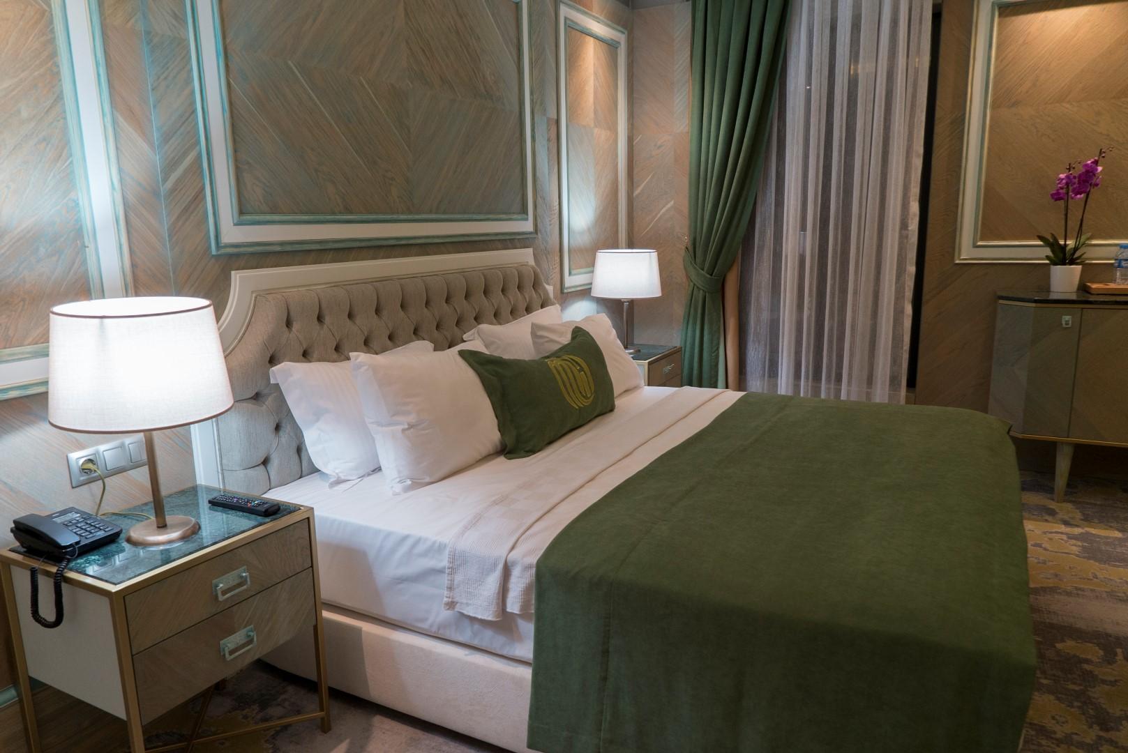 junior-suite-mirart-hotel (9)